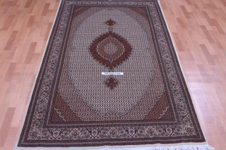 8x5 Pirouzian Mahi Tabriz Persian rug