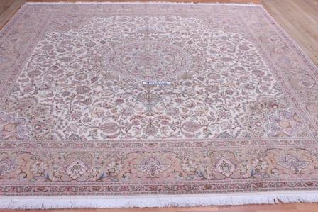 Square Tabriz Persian rug, click on the picture or description for more details about the Persian carpets.