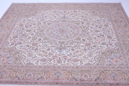 Square 10' 50 raj Tabriz Persian rug. Large square Tabriz Persian carpet.