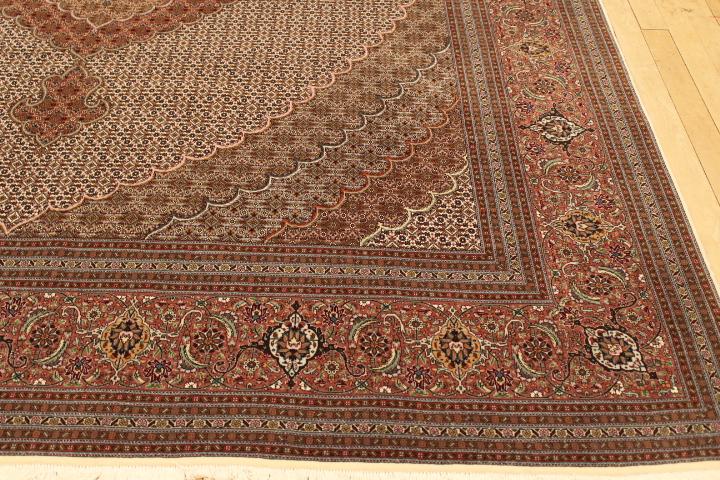 12x11 Mahi Tabriz Persian rug. High Quality Mahi Tabriz Persian carpet.