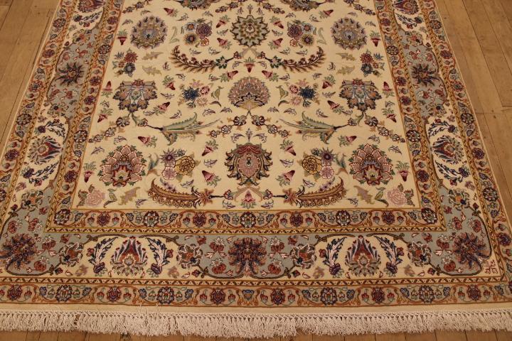 55 Raj Faraji Tabriz Persian rug with a silk foundation. 7x5 silk Faraji Tabriz Persian carpet.