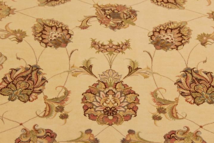 55 Raj Faraji Tabriz Persian rug with a silk foundation. 10x8 silk Faraji Tabriz Persian carpet