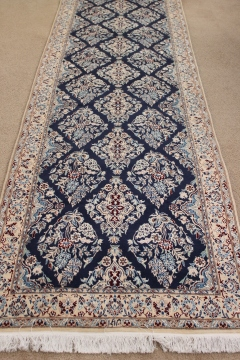 13' Nain 6Lah Persian rug runner. Very fine Nain Persian carpet runner with lots of silk highlights.