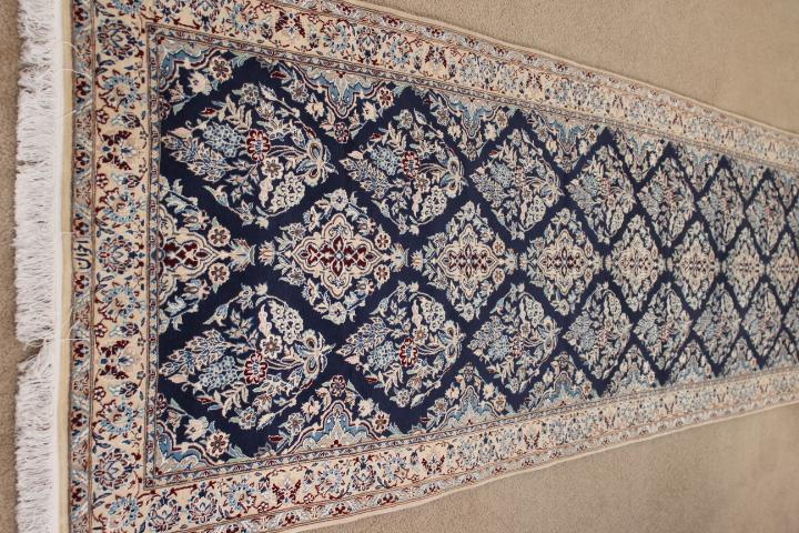 13' Nain 6Lah Persian rug runner. Very fine Nain Persian carpet runner with lots of silk highlights.