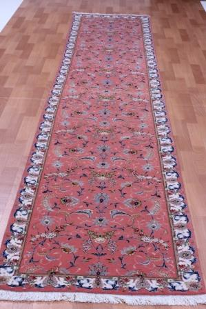 Tabriz Persian rug #4054, click on the picture or description for more details about the Persian carpets.
