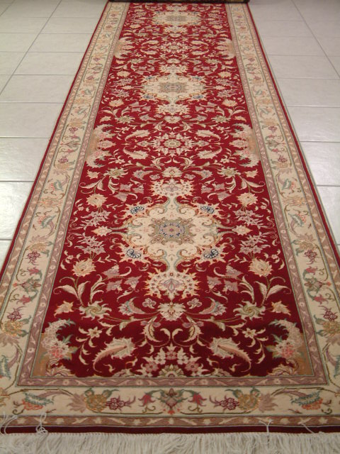 Tabriz Persian rug #4086, click on the picture or description for more details about the Persian carpets.